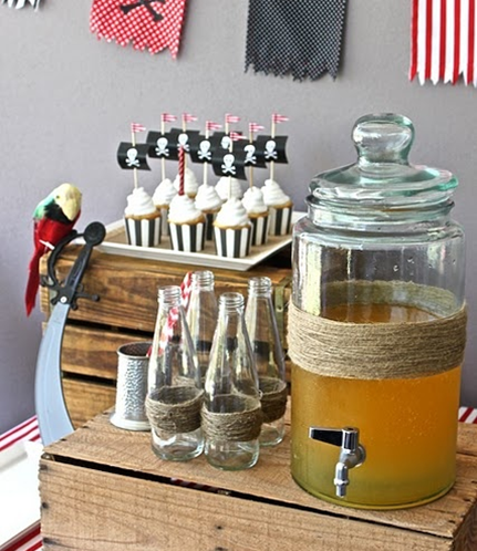 mke your own pirate punch for your guests to enjoy #PreppyPlanner
