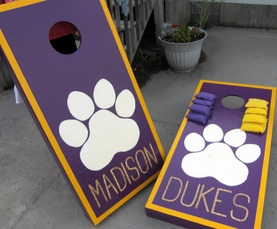 get really crafty by making and painting your own set of cornhole boards #PreppyPlanner