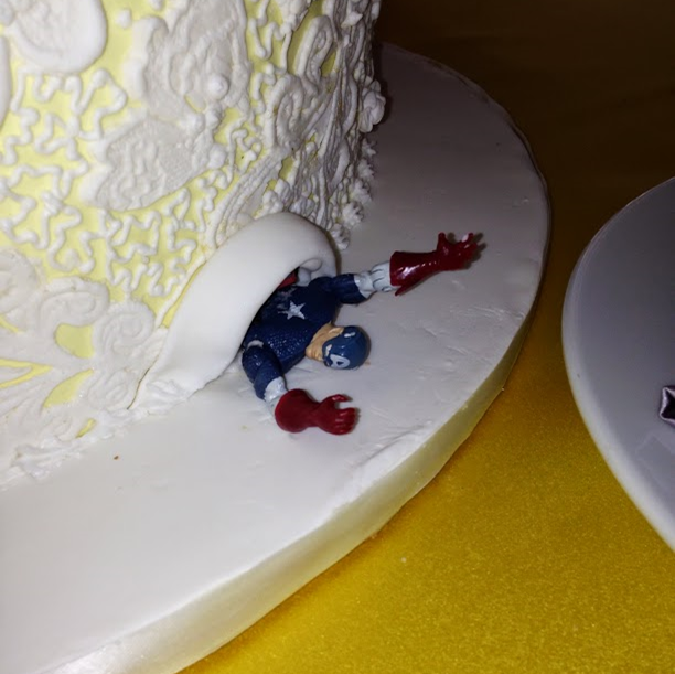 A Wedding Weekend: the trapped superhero under the cake #PreppyPlanner