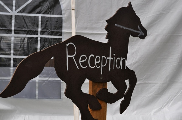 Horse Reception Sign for Derby Inspired Wedding #PreppyPlanner