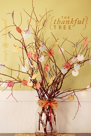 "Give Thanks: create your very own ""thankful tree"" to hang up thanks this month #PreppyPlanner"