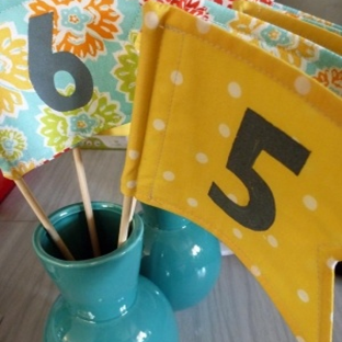 DIY flag table numbers from #ruffled #PreppyPlanner