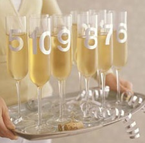 New Year's Eve Party: Let the champagne flow for a midnight toast #PreppyPlanner