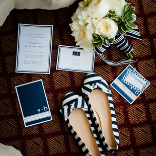 Preppy Wedding Colors and Patterns: think navy and stripes #PreppyPlanner