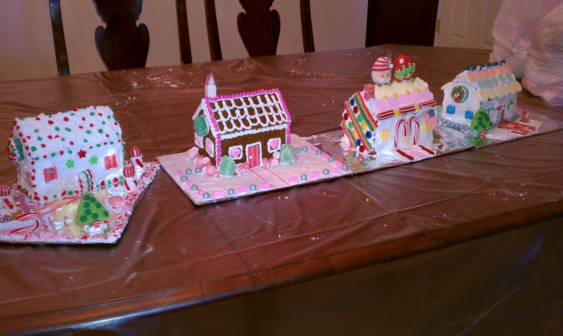 2012 Christmas Recap: All four of our decorated gingerbread houses #PreppyPlanner