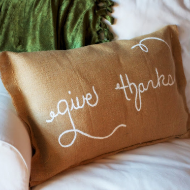 Thanksgiving Party Crafts: Give Thanks Burlap Pillow #PreppyPlanner